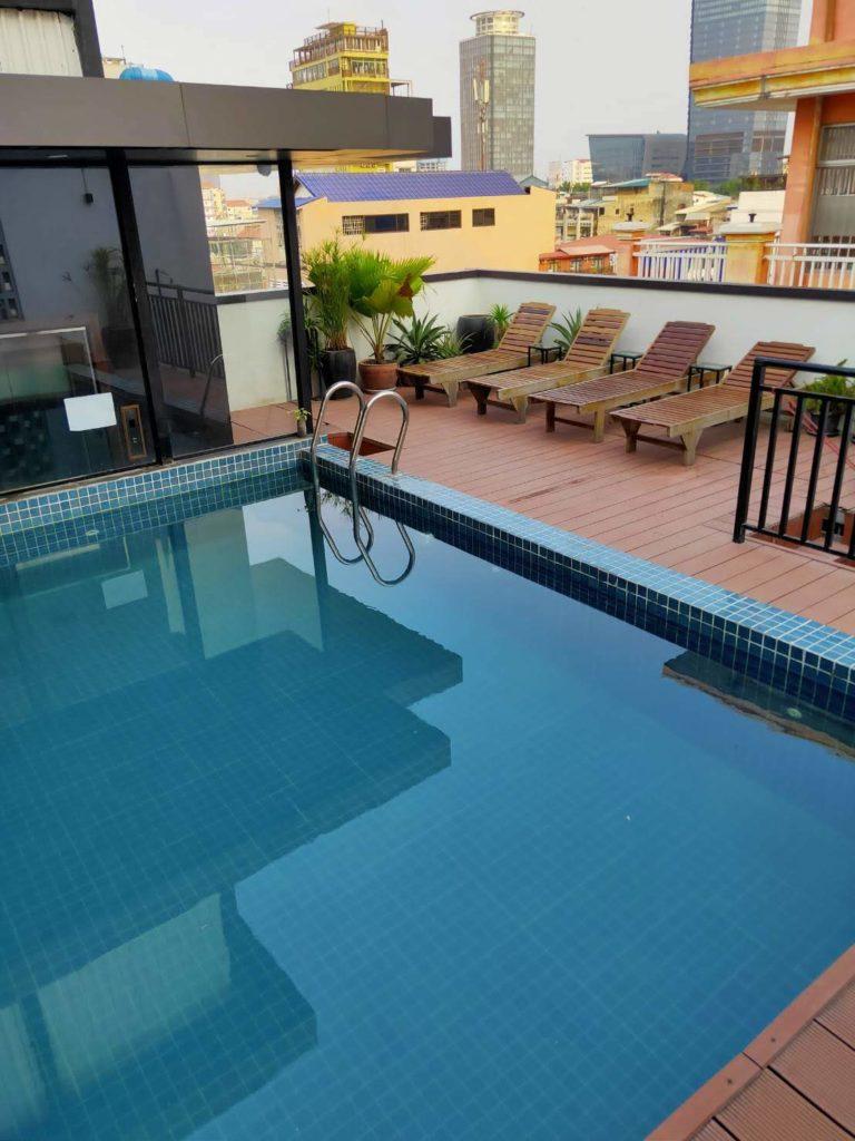 Lavanya 屋上プール