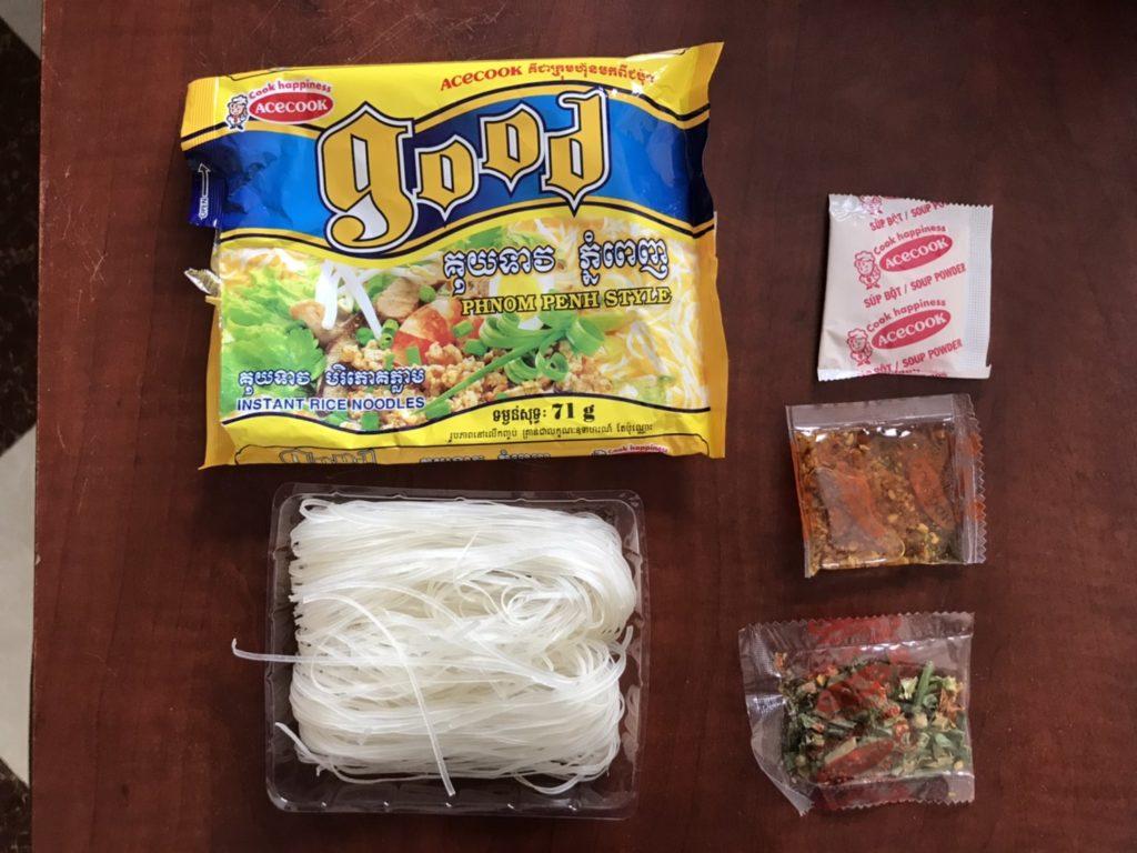 カンボジア good noodle 袋麺