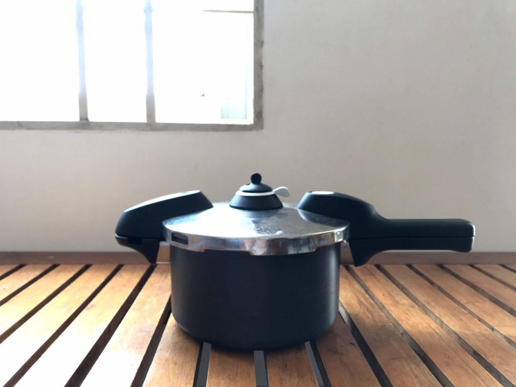 海外移住 圧力鍋