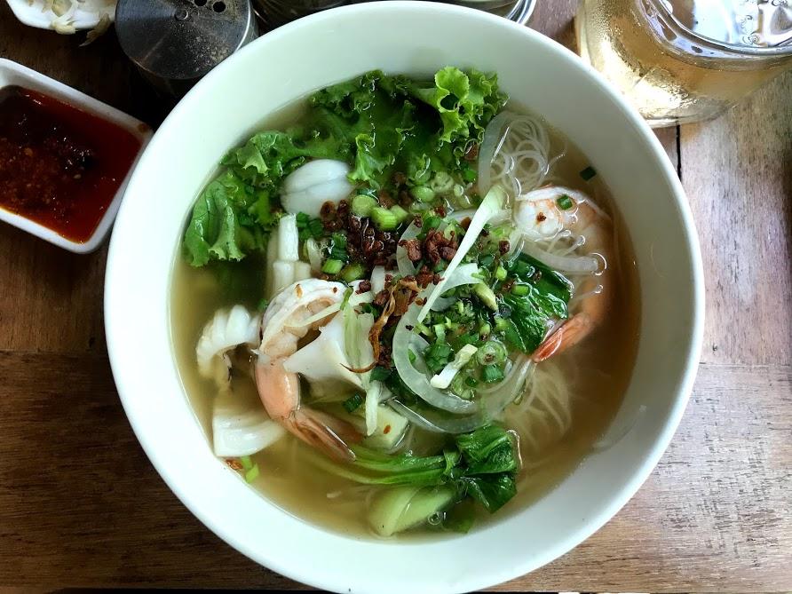 カンボジア 麺料理おすすめ